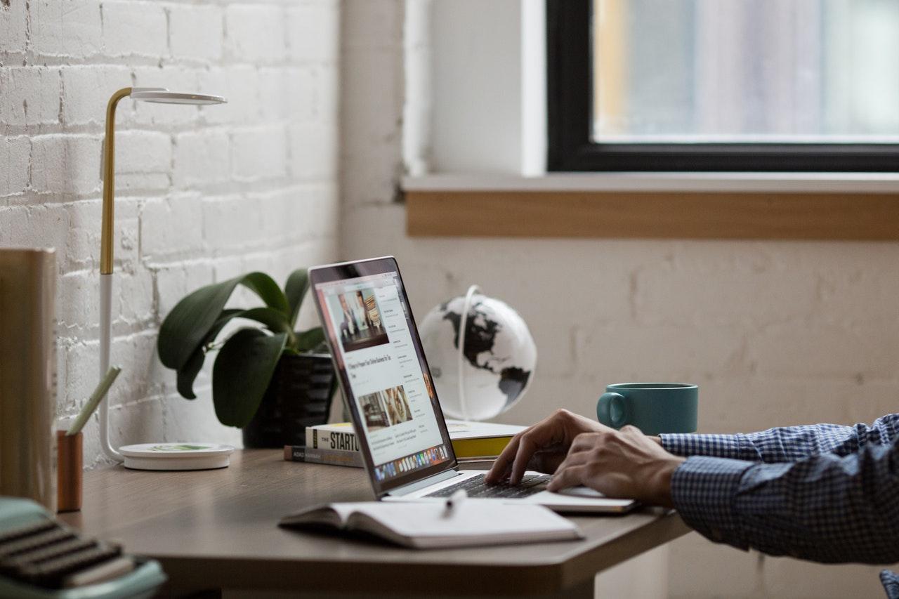 أهمية الموقع الالكتروني للمؤسسات والشركات