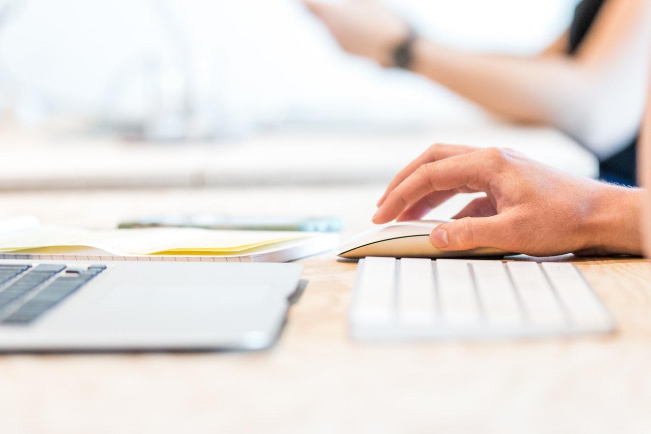 كيف تقوم شركة إدارة حسابات السوشيال ميديا بالعمل؟