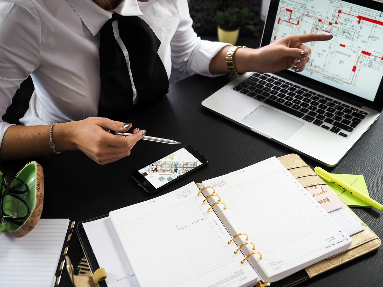 كيف يساعدك تصميم موقع شركة تطوير عقاري في تطوير أعمالك؟